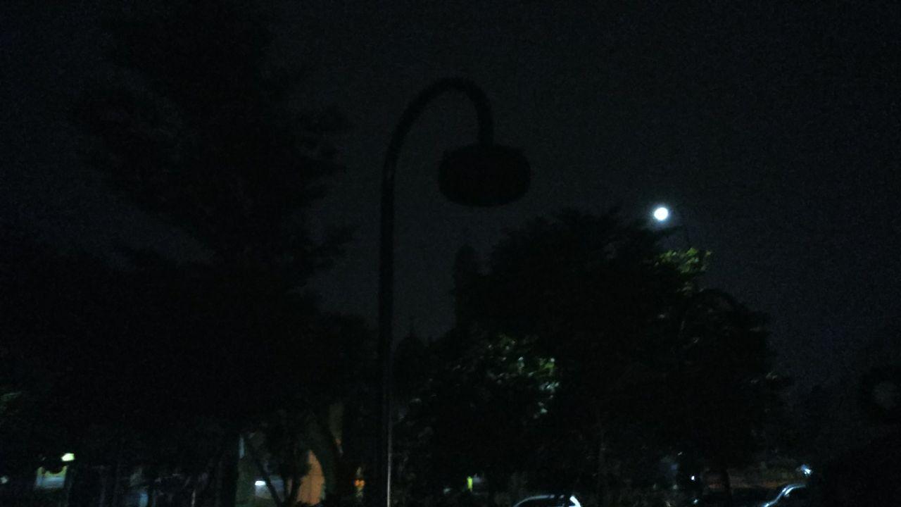 Lampu Mati Sudah 2 Hari Area Main Taman Gajah Gelap Banten Hari Ini